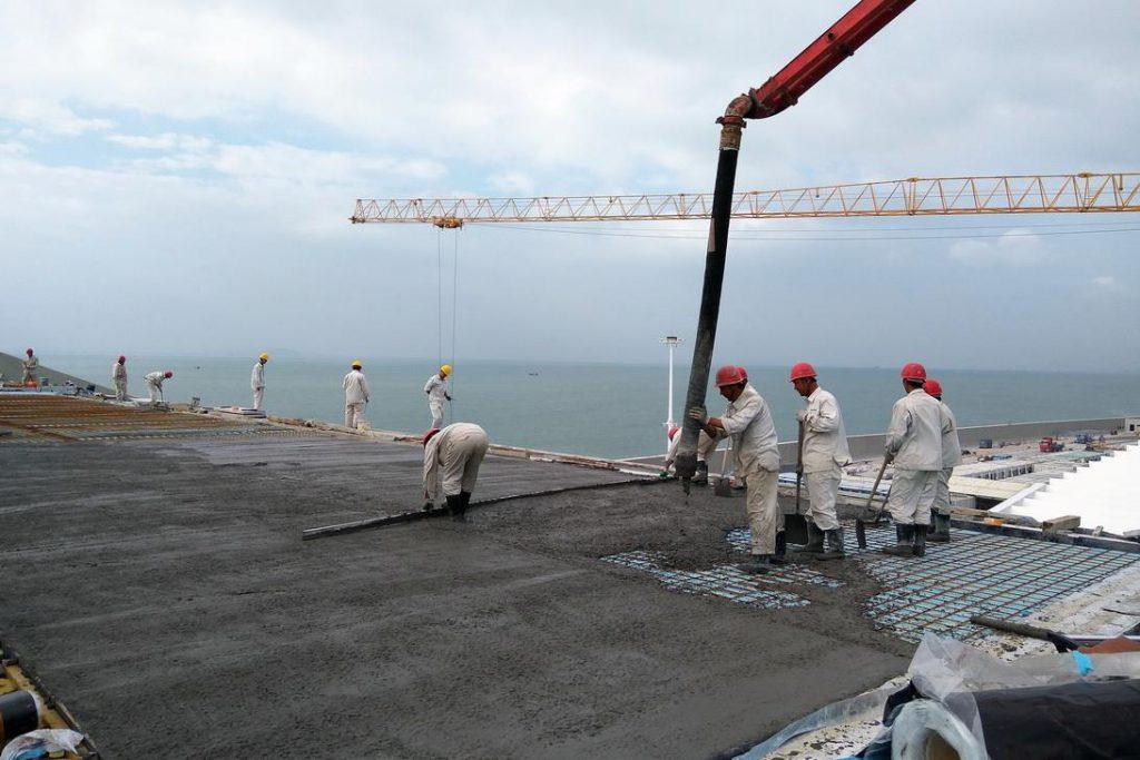 预埋式光纤光栅温度传感器对桥梁高强混凝土施工阶段截面温度实时监测