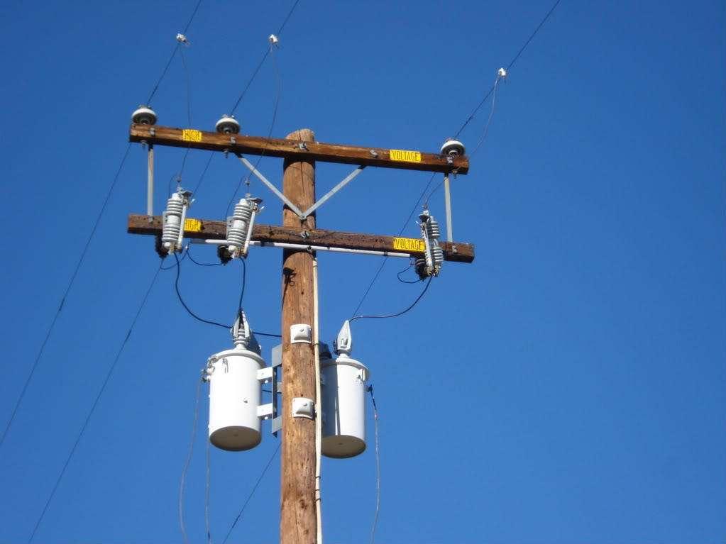 柱上变压器桩头荧光光纤测温装置解决方案