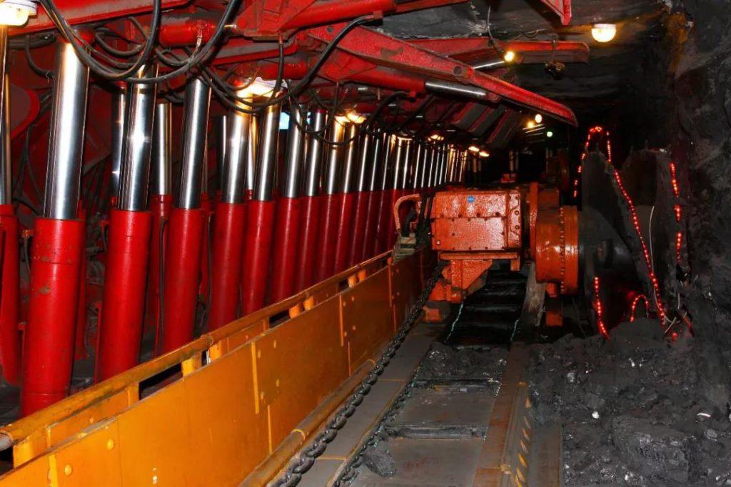 煤矿井下电气设备应用分布式光纤测温系统解决方案